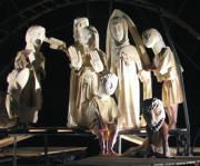 ABC  Las máscaras del artista románico