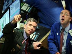 Wall Street suma su segundo día consecutivo en verde, ante la sorpresa de los inversores./ AFP