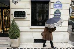 Cuatro ladrones roban 80 millones de euros en una joyería de lujo en París