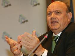 El Banco de España reclama a la banca «incremento cero» en sus beneficios de 2008