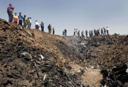 La cuarta tragedia aérea en dos meses golpea a Irán con 168 víctimas mortales