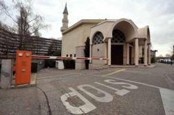 Los suizos aprueban la prohibición de construir alminares en las mezquitas