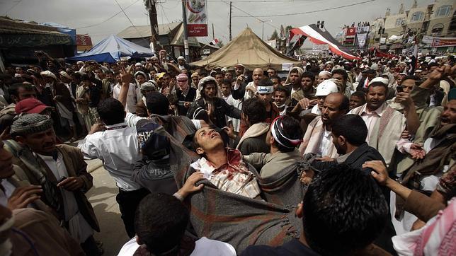 Al menos 41 fallecidos y 200 heridos en los enfrentamientos de Yemen