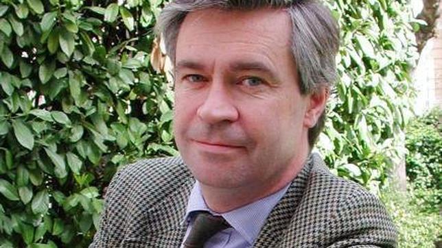 Charles Powell: «EE.UU. no tuvo nada que ver con la muerte de Carrero ni con el 23-F»