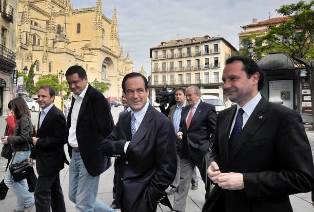 José Bono coloca a López entre sus «cinco diputados favoritos»