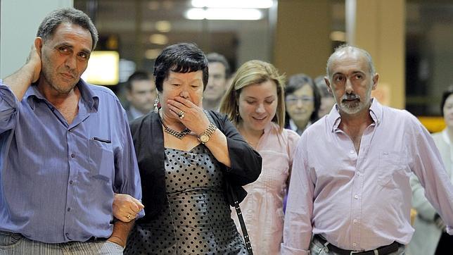 Los dos marineros secuestrados del «Vega 5» ya están en España