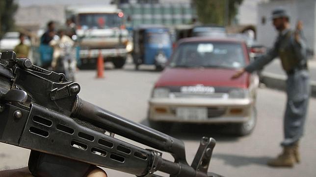 El padre de un niño ahorcado por los talibanes: «No os daré el coche aunque matéis a toda mi familia»