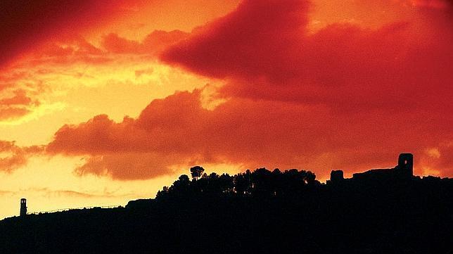 Calatayud engalana las noches de su Casco Antiguo con velas y luces de colores