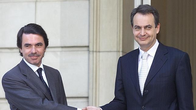 «El equipo de Zapatero sabía que había una gran crisis por venir ya en 2004»