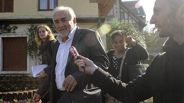Strauss-Kahn pide defenderse por su presunta implicación en una red de prostitución