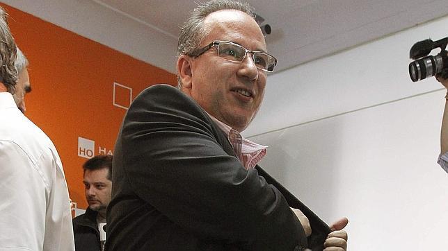 Voces contra el Terrorismo anuncia una concentración contra la «rendición» ante ETA