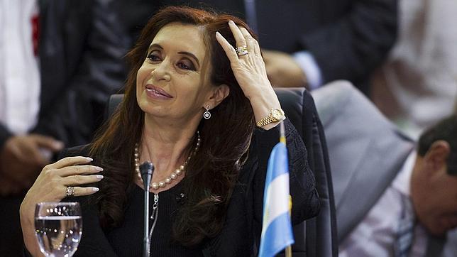 Cristina Kirchner ratifica a la mayoría de sus ministros
