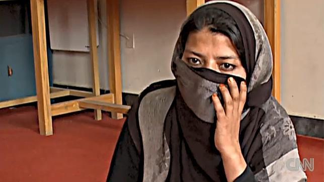 Liberada la afgana encarcelada tras haber sido violada por un familiar