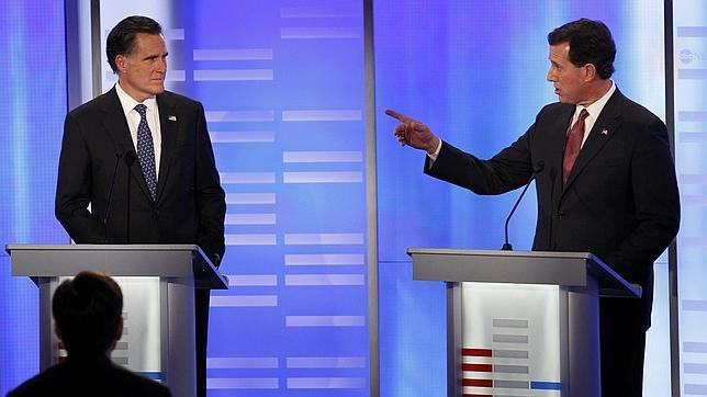 Romney consolida su ventaja en el primer debate en TV tras Iowa