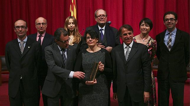 Imma Monsó gana el Ramon Llull con «La dona veloç»