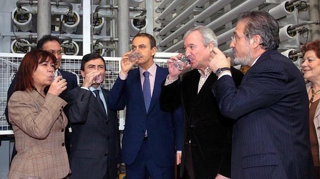 Murcia propone vender las desaladoras a los países árabes por su «fracaso»