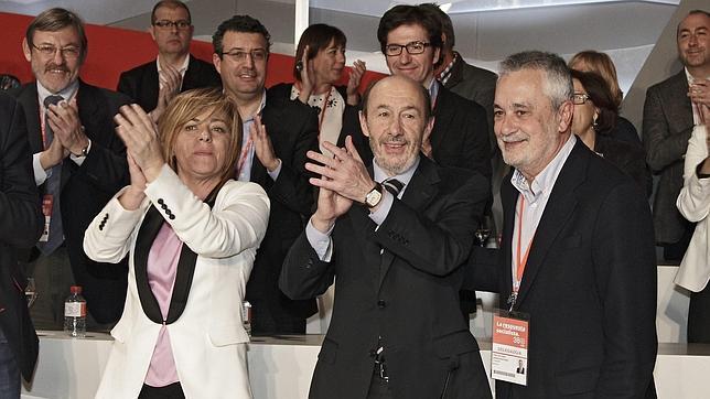 Rubalcaba veta el intento de Chacón de repartirse la Ejecutiva del PSOE