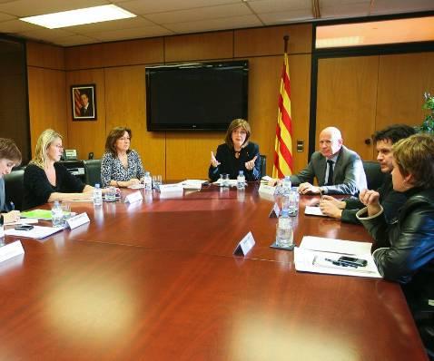 Partidos pro inmersión cierran filas ante un posible aval del TSJC al español en las aulas