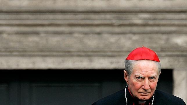 Cardenal Martini: «El Estado puede ayudar a las parejas homosexuales»