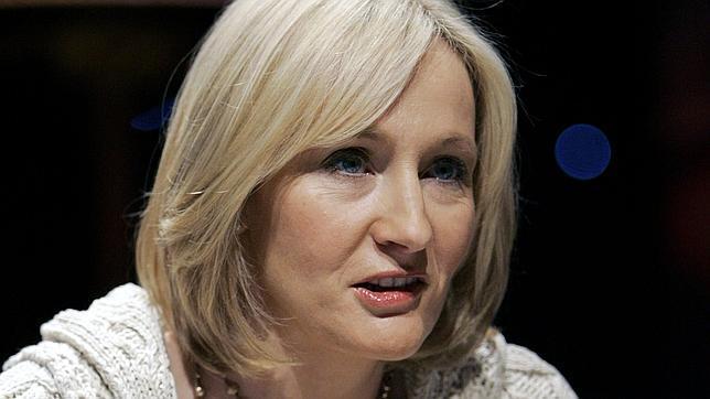 El nuevo libro de J. K. Rowling se llamará «The Casual Vacancy» y saldrá a la venta en septiembre