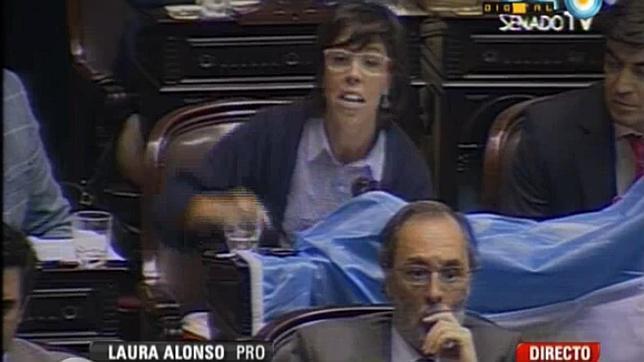 La diputada abucheada por criticar la expropiación de YPF: «España y Argentina no pueden enemistarse»