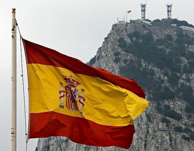 «The Times» advierte de un posible «enfrentamiento militar» por Gibraltar