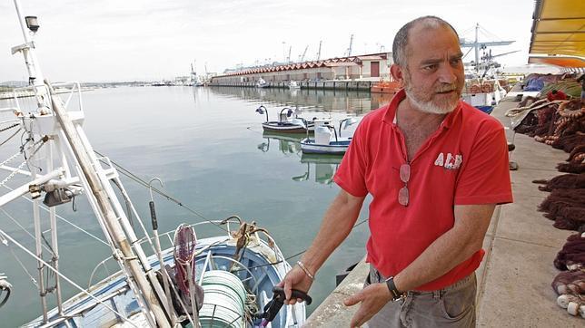 Los pescadores de Gibraltar desconfían de que el Peñón les deje volver a faenar