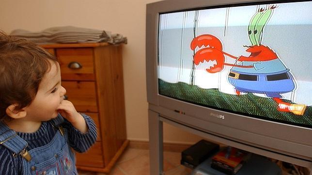Diez consejos para que la tele no sea la tata