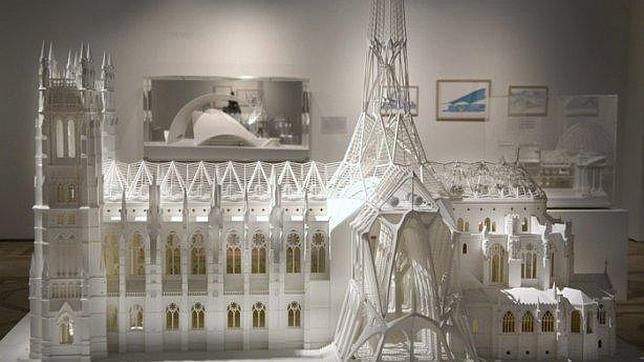Calatrava dona a la colección permanente del Hermitage 2 maquetas y 11 dibujos