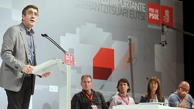 Patxi López: «El PSOE es el dique de contención de las propuestas independentistas»
