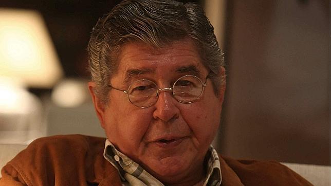 Polémica en México por el premio FIL a Alfredo Bryce, acusado de plagio