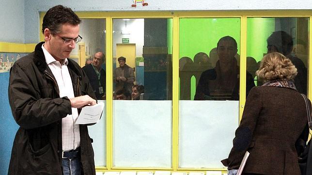 Elecciones vascas 2012: Basagoiti: «Aquel que no vote debe saber que otros lo harán por él»