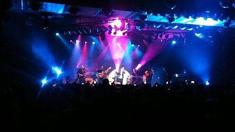 Manuel Carrasco regala el arte de su gira «Habla» en su concierto en Madrid