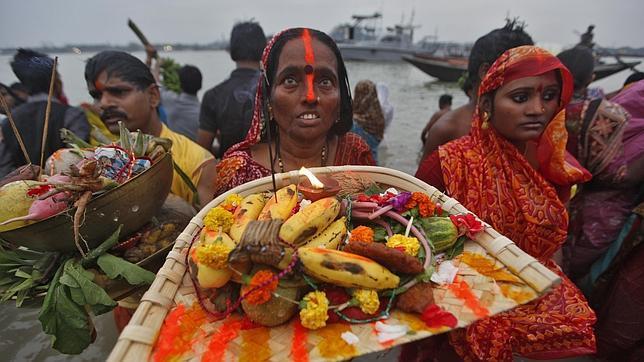 Una avalancha mata en la India al menos a 18 personas durante un festival hindú