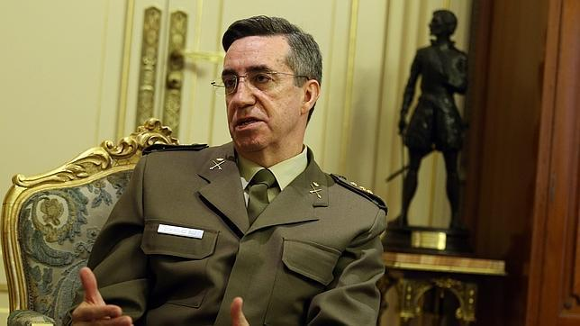 Jaime Domínguez Buj: «El Ejército está presente en todos los rincones de España para su defensa»