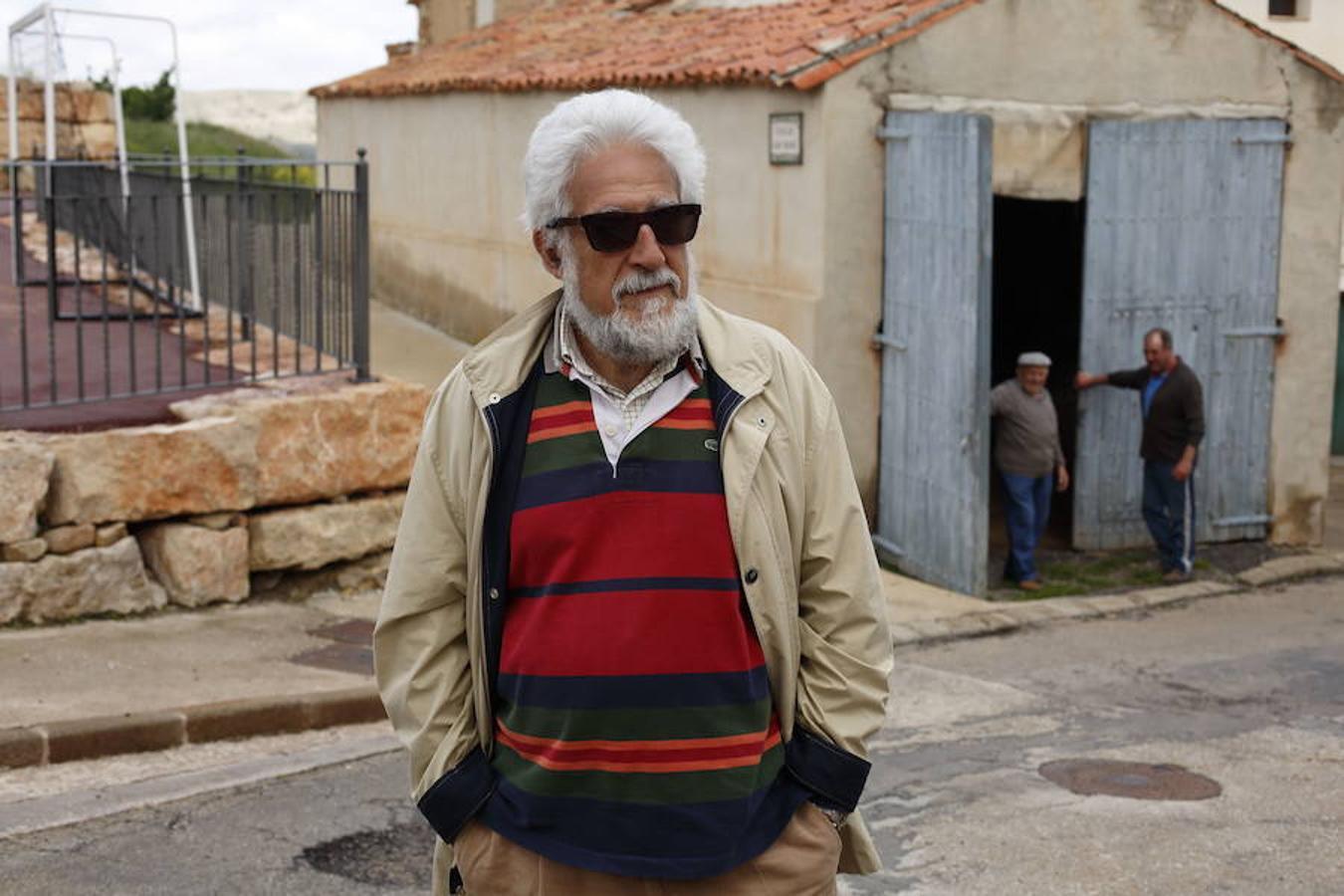 Manuel Gimeno acompaña a ABC a Alpeñés, 12 habitantes
