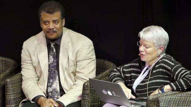 Neil deGrasse y Jill Tarter debaten sobre la vida fuera de la Tierra