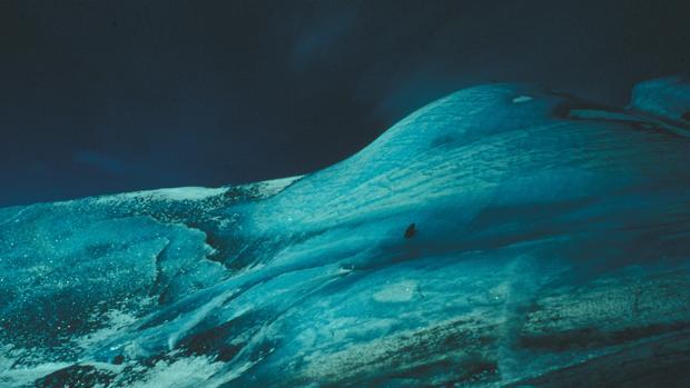 Imagen tomada por los investigadores sobre un gran iceberg verde en octubre de 1996