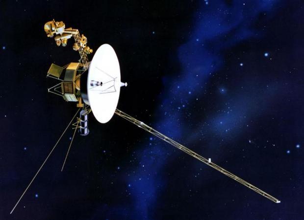 Representación de una sonda Voyager en el espacio