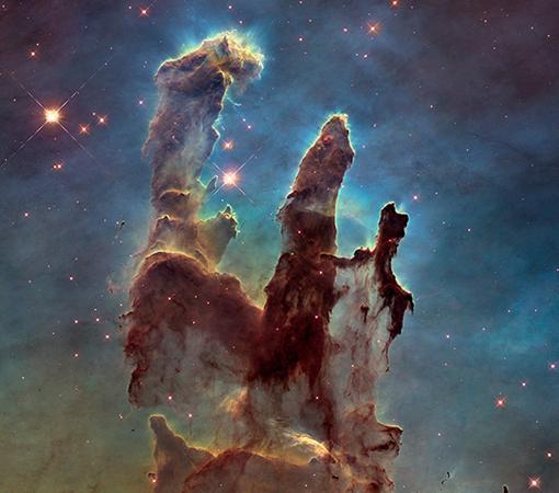 Los Pilares de la Creación, en la Nebulosa del Águila (M16), a 6.000 años luz, captados por el Hubble en 1995