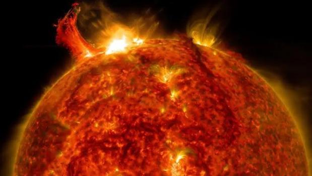 Una gran erupción solar detectada en 2017 por la Solar Dynamics Observatory