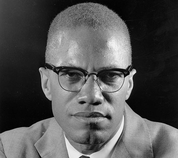 Malcolm X, en una imagen tomada en Nueva York en 1964