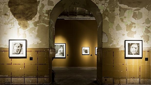 Muestra de la exposición «Un horizonte falso», de Alberto García-Alix