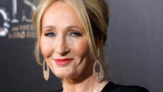 La escritora J. K. Rowling
