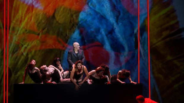 Una escena de los ensayos de «Bomarzo»