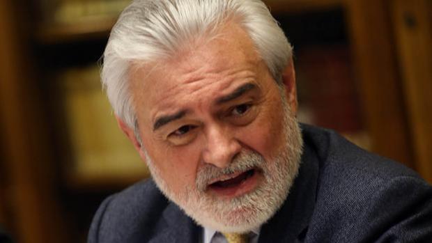 Darío Villanueva, director de la Real Academia Española (RAE)