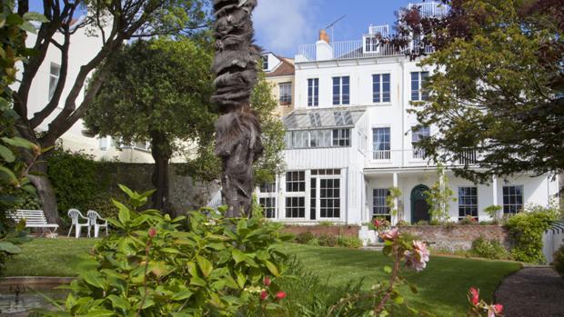 El jardín de la mansión de Víctor Hugo en la isla de Guernesey