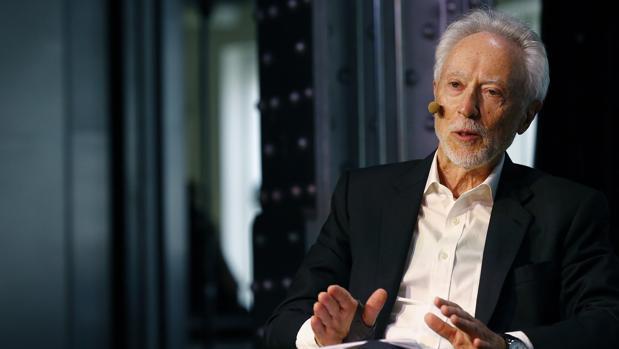 J. M. Coetzee, fotografiado ayer en el Espacio Fundación Telefónica de Madrid