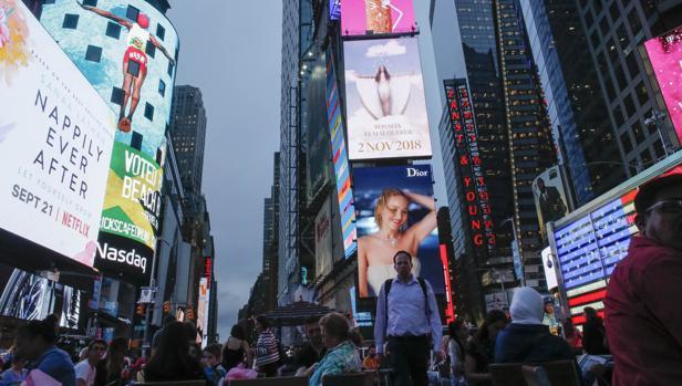 Rosalía en las pantallas de Times  Square