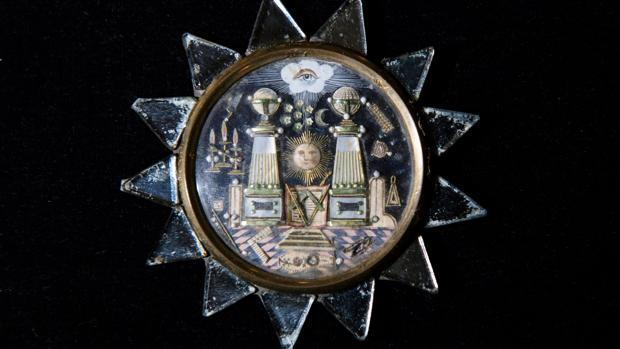 Medalla hecha por los prisioneros franceses de las Guerras Napoleónicas